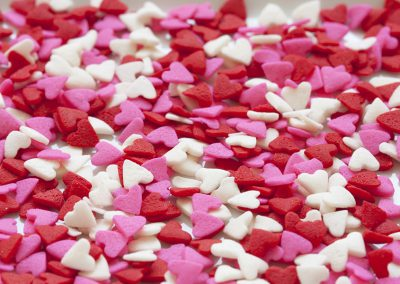candy-hearts-red-and-white