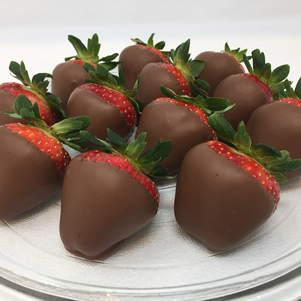 12 Chocolate Covered Strawberries Plain Maumee Valley